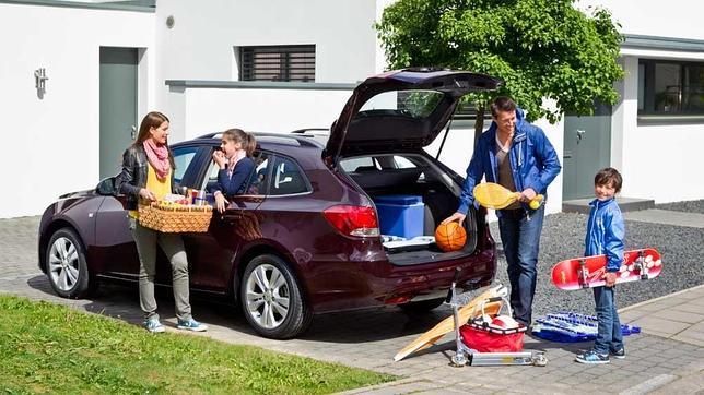 Cum pregătești corect mașina pentru vară?